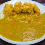なかざ家の黄色い鶏唐カレー