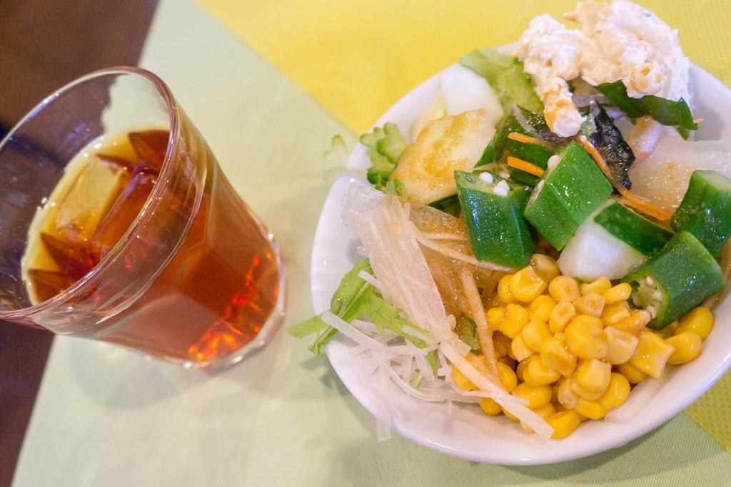 tenpurasobazen_salada_drink_kennys