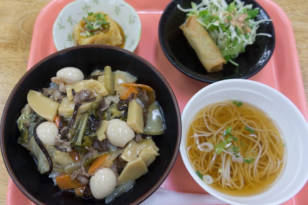 lunch_chukadon151029_nakazaya