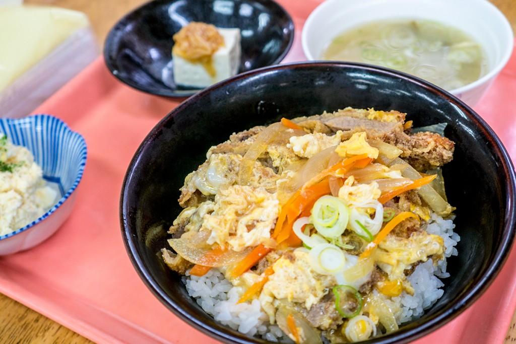 lunch_katsudon_151207nakazaya