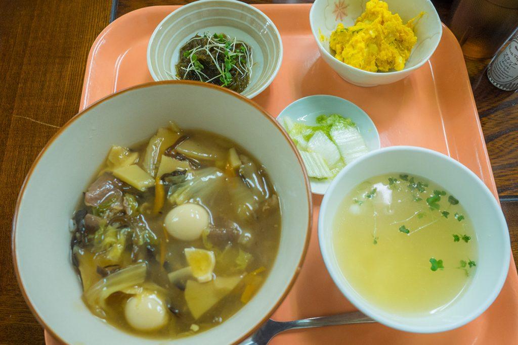 lunch_chukadon_160523nakazaya