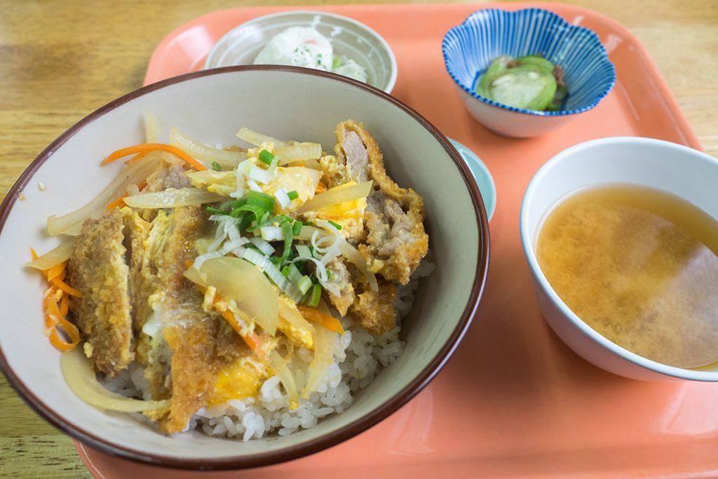 lunch_katsudon2_160810nakazaya