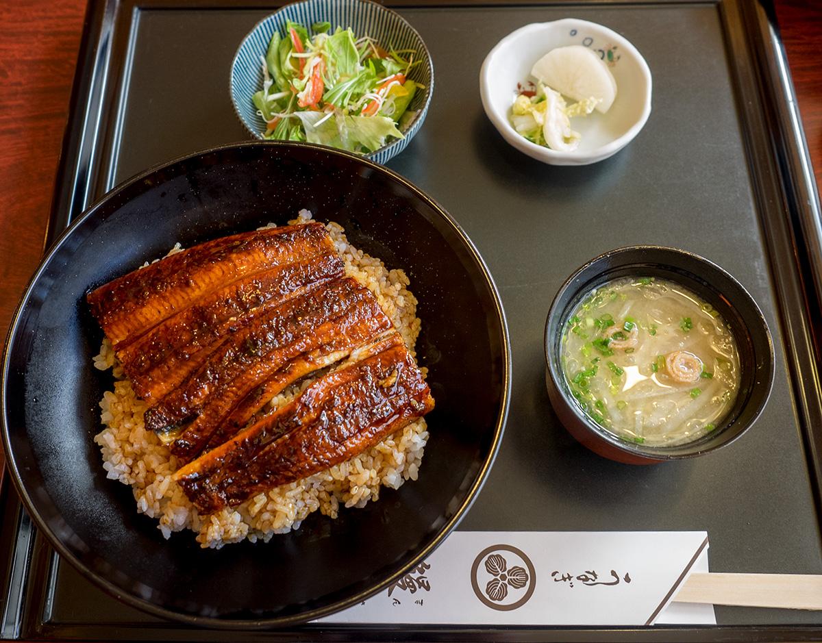 鰻作のうな丼 | おきぐる-okinaw...