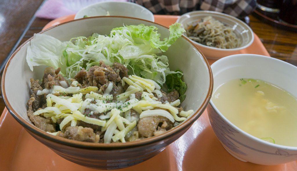 lunch_cheesebutadon2_170222nakazaya