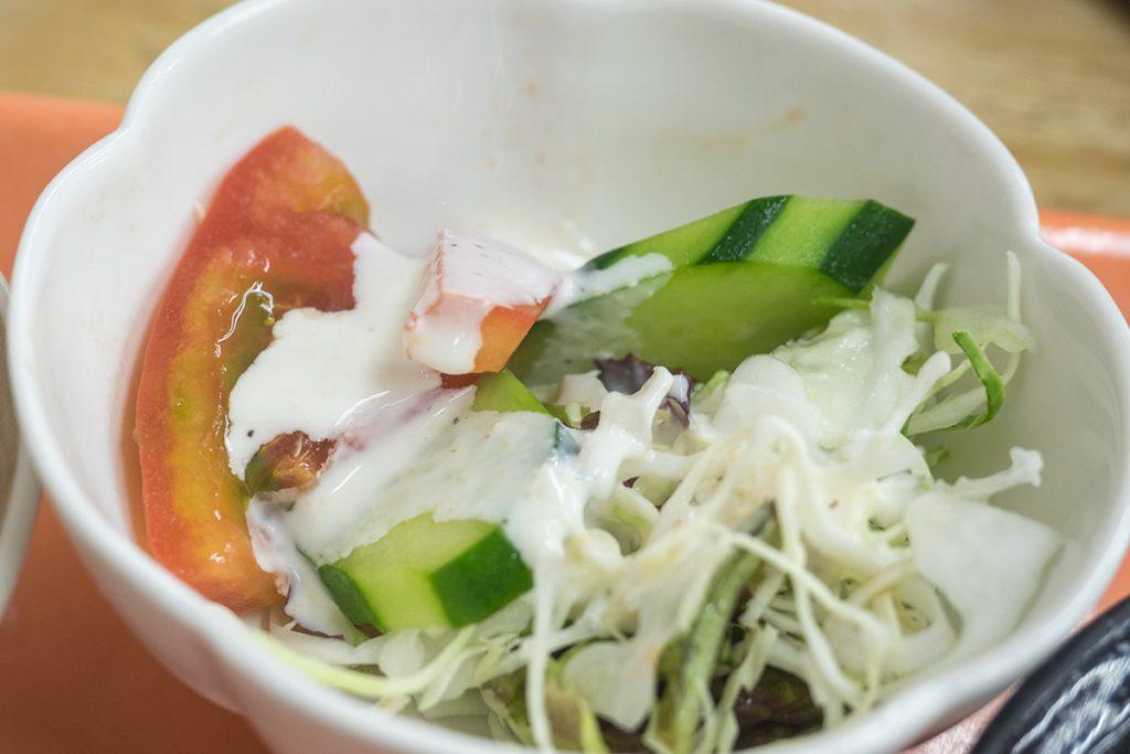 lunch_chukadon_salada_170508nakazaya