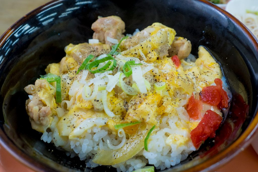 lunch_oyakodon4_170515nakazaya