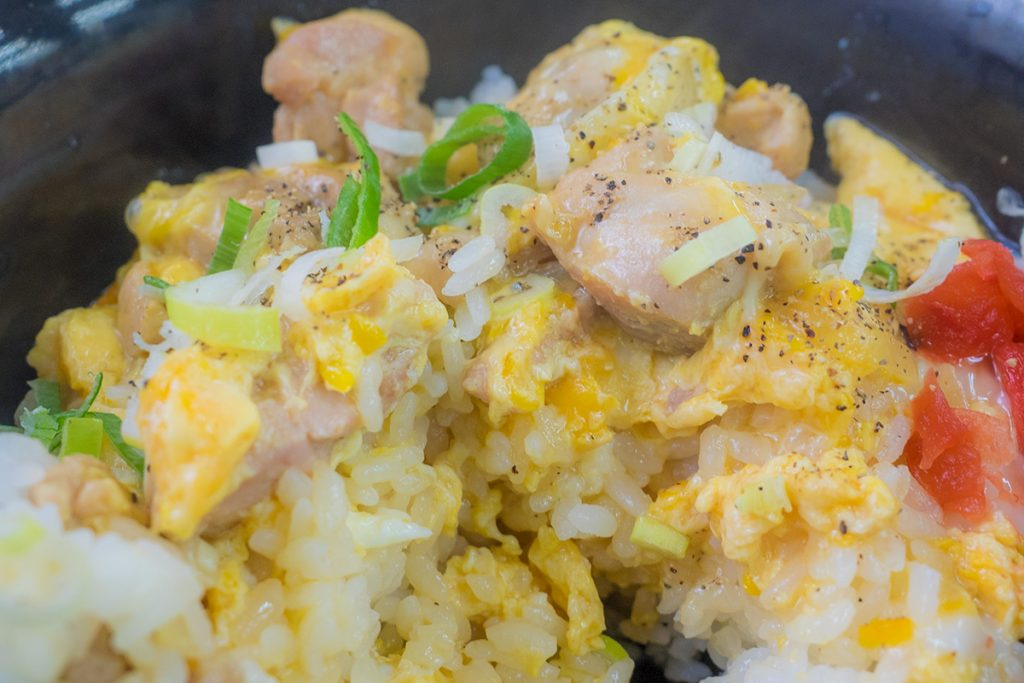 lunch_oyakodon5_170515nakazaya